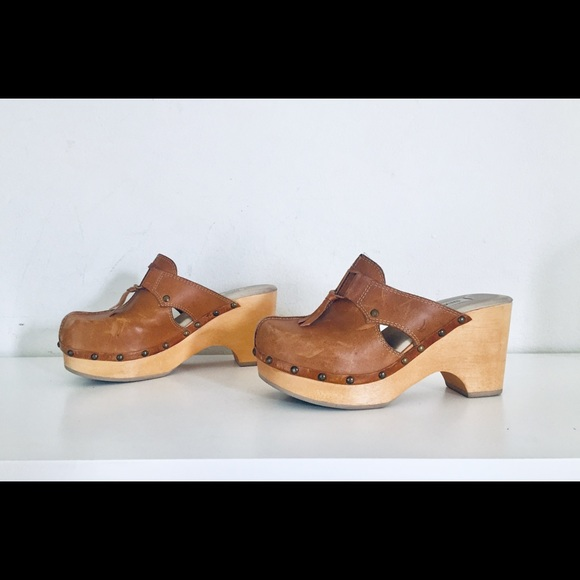 577b7f3e72353 90s Clogs Wood Platforms Chunky Heels Leather 6